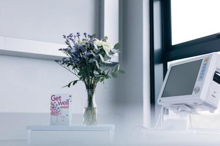 Get well soon wishing card in hospital room