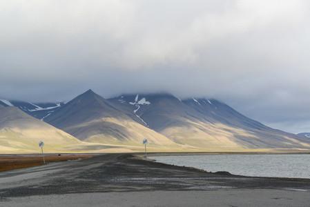 Longyearbyen road