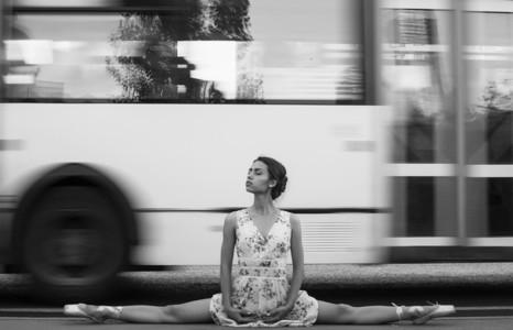 Ballerina out of doors 03
