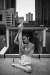 Ballerina out of doors 05