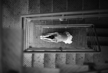 Ballerina out of doors 07