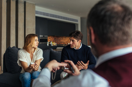 Couple during psychotherapy session
