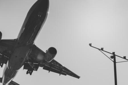 Landing 10