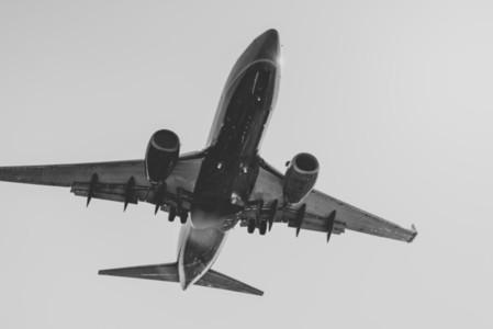 Landing 03