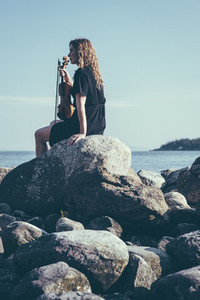 Seaside Violinist 01