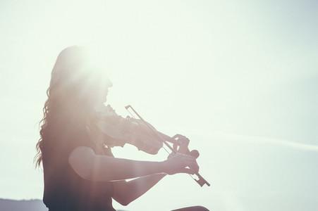 Seaside Violinist 03