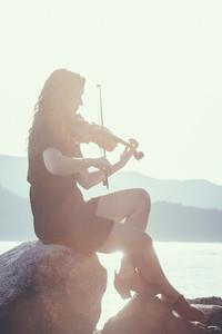 Seaside Violinist 06