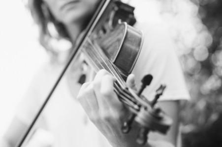 Seaside Violinist 10