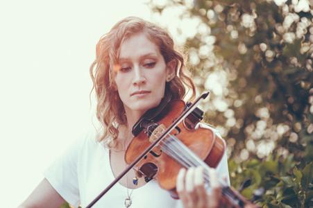 Seaside Violinist 11