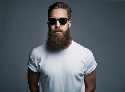 Bearded handsome man with sunglasses