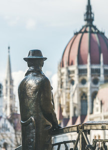 Bronze monument of Hungarian national hero Imre Nagy  Budapest  Hungary