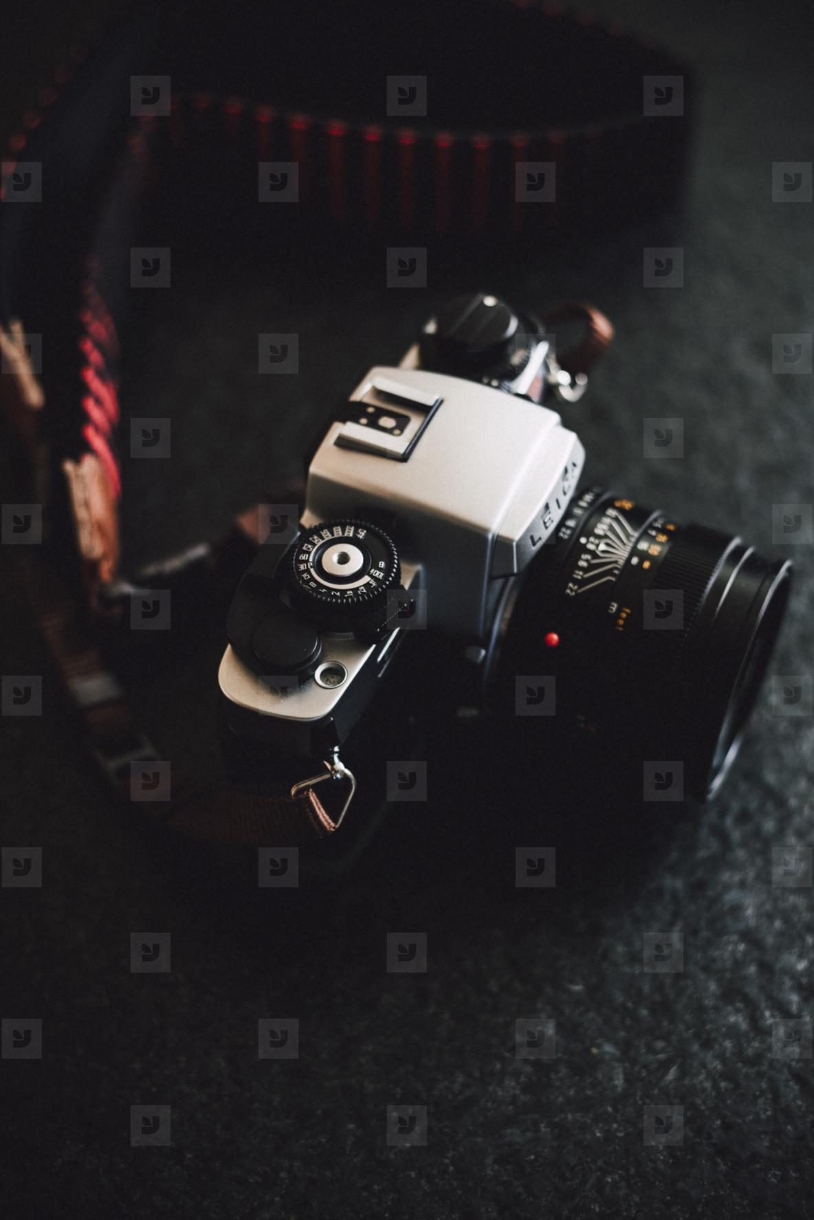 analog single lens reflex camera