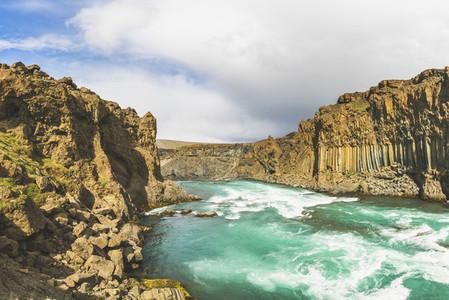 Aldeyjarfoss Waterfall 02