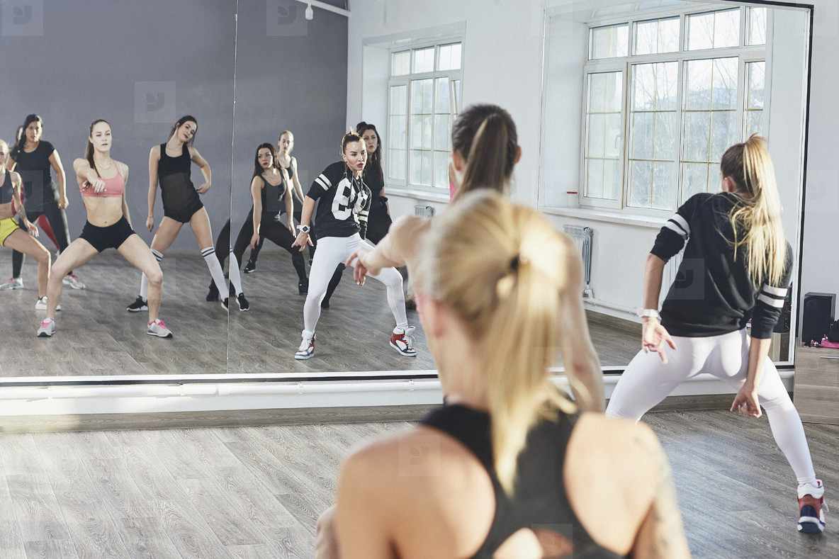 Dance Studio Moves  04