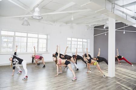 Dance Studio Moves 07