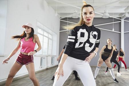 Dance Studio Moves 18