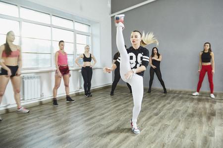 Dance Studio Moves 26