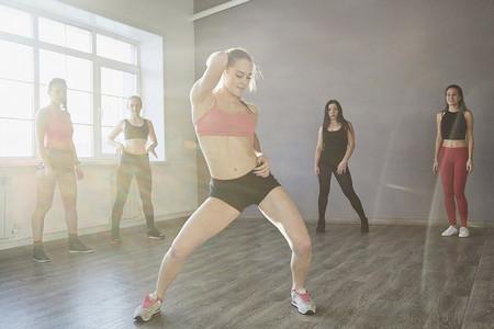 Dance Studio Moves 27
