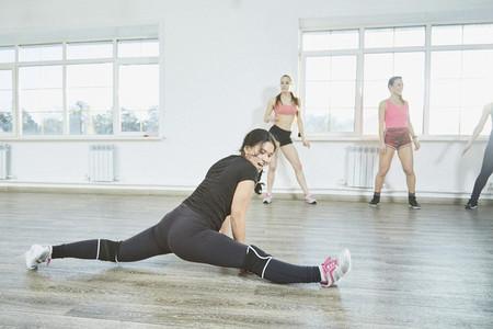 Dance Studio Moves 37