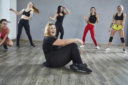 Dance Studio Moves 38