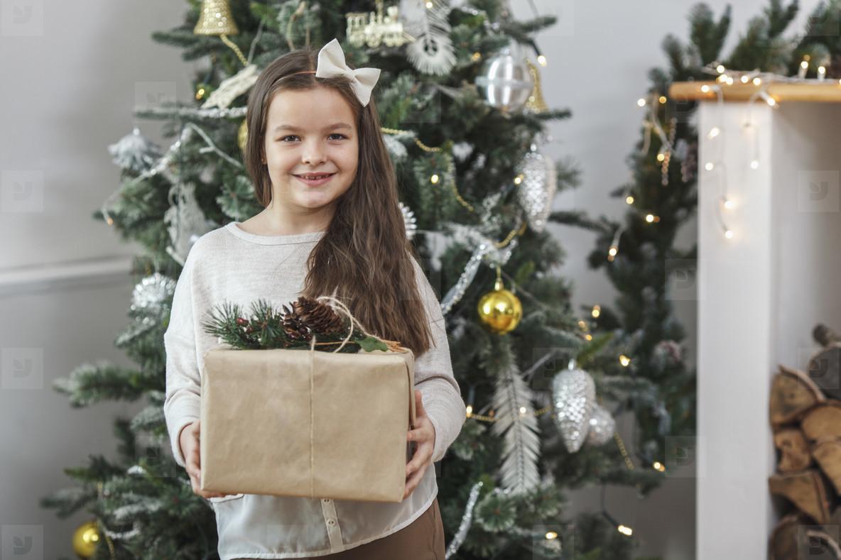 A Golden Christmas  12