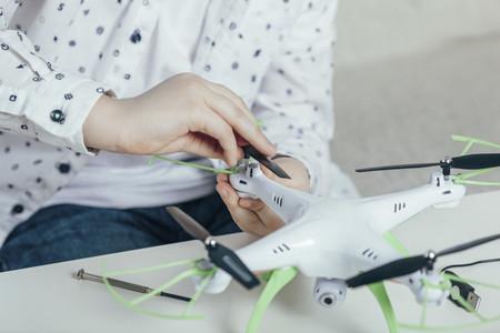 Punk Drone Boy 04