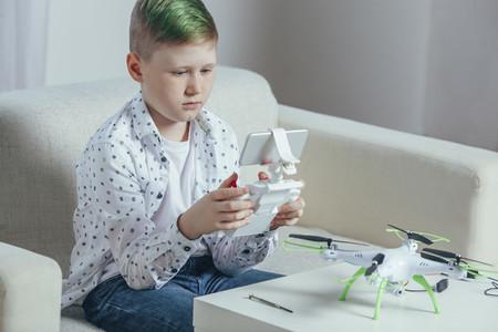 Punk Drone Boy 07