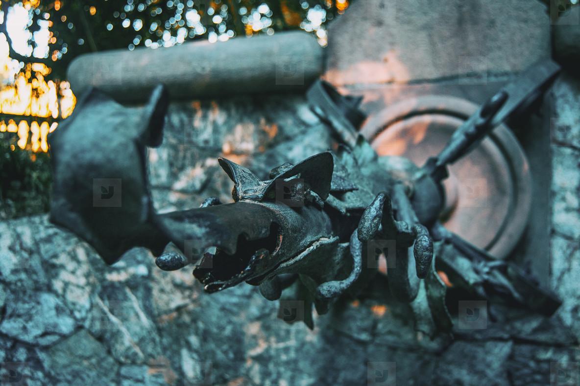 dragon head water fountain