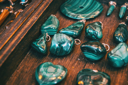 agate minerals to make pendants