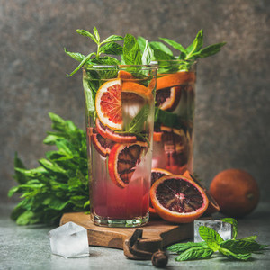 Blood orange citrus lemonade with mint and ice square crop