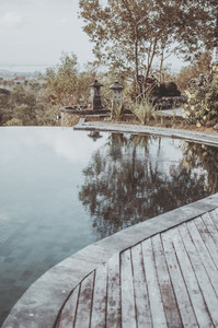 Wooden lounge pool setup