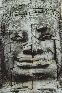 Angkor Wat Buddha statue