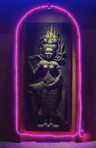 Apsarasa Statue glow