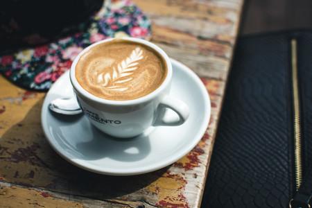 Espresso macchiato with latte