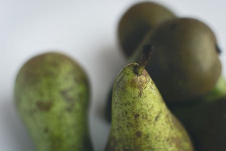 Fresh organic pears detail