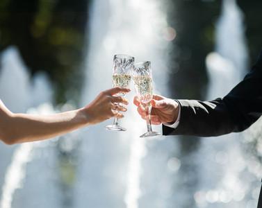 Cheers of bride and grooim