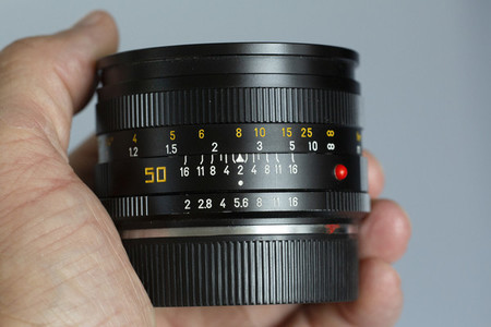 analog single lens reflex camera lens