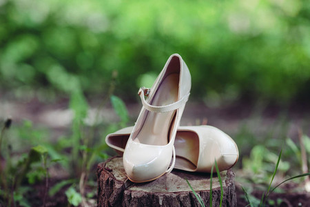 Picture of female white wedding shoes