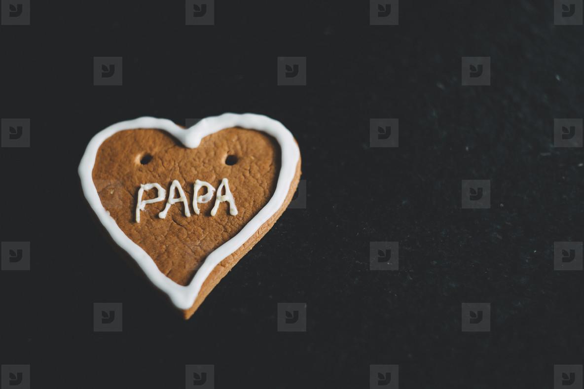 gingerbread heart papa