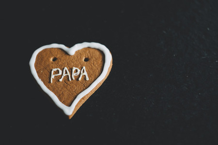 gingerbread heart papa
