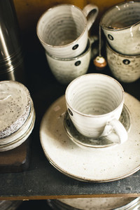 Glazed ceramic tea mugs