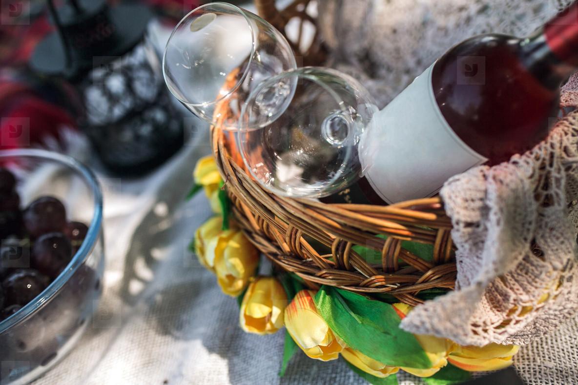 Vine and glasses