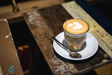 Flatwhite with perfect thick foa