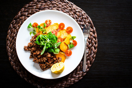 Minced beef with roasted sweet