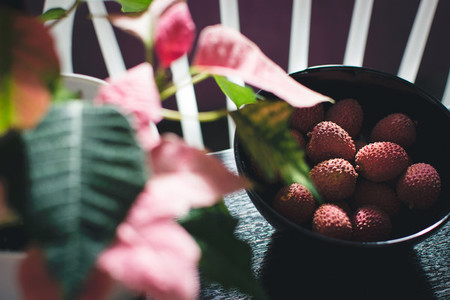 Pink litchi in bowl