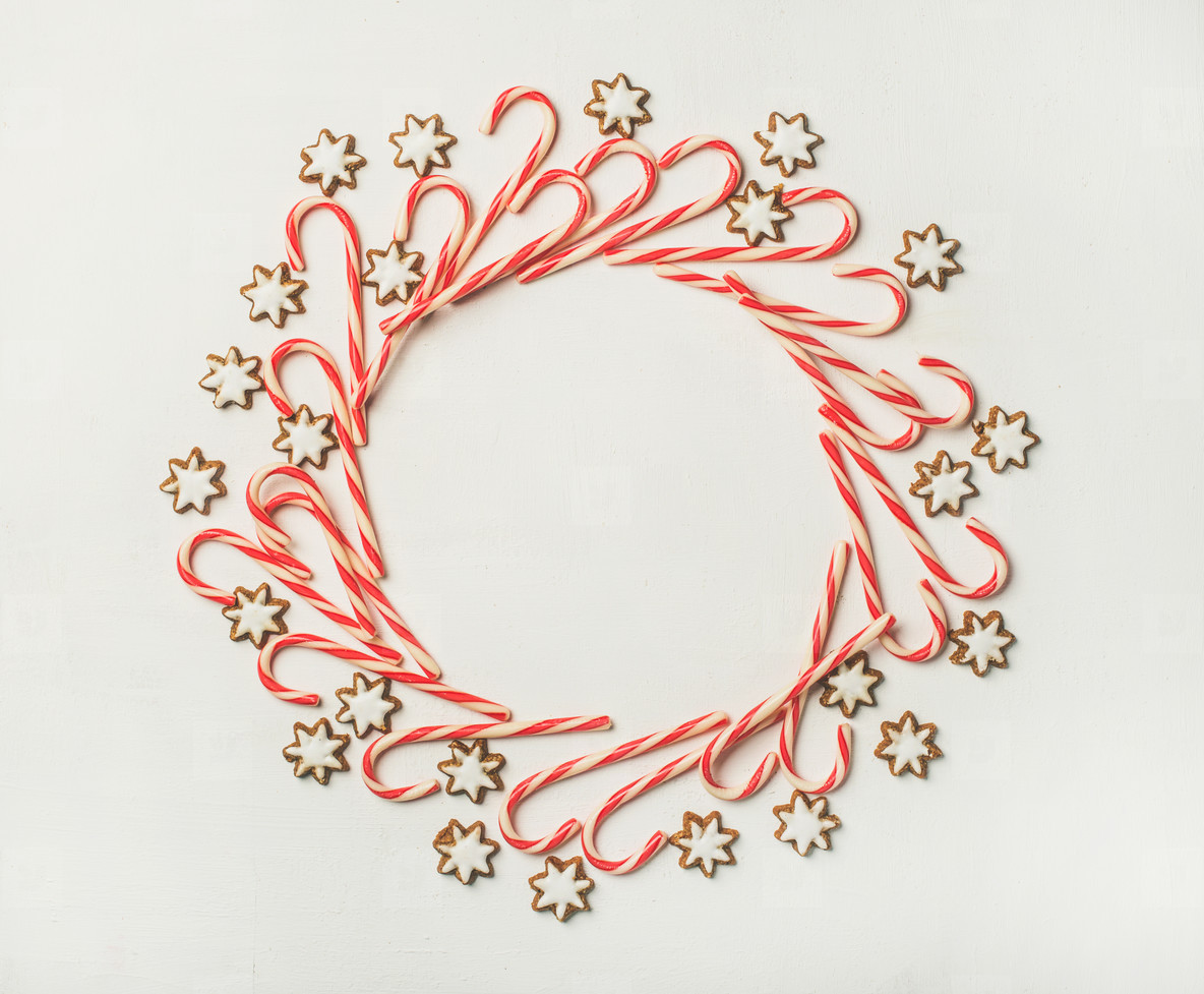Christmas wreath pattern made up from candy cane sticks