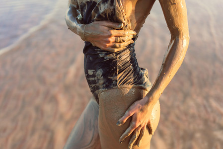 Body in mud from a close angle
