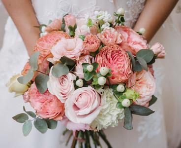 Bride with bouquet  closeup