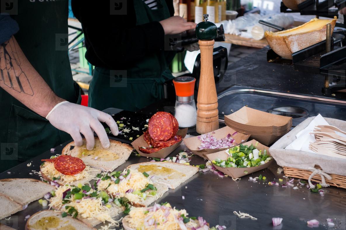 Preparation of raclette sandwich