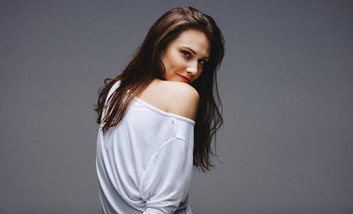 Beautiful woman posing sensualy